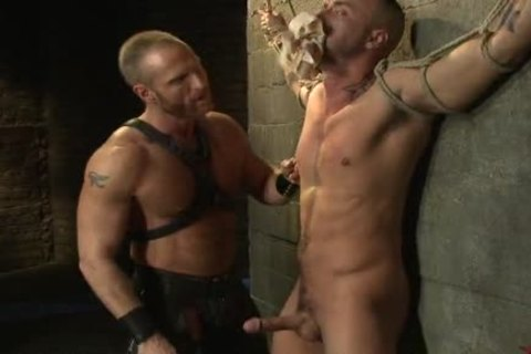 fastened Up homo twink acquires nailed By captivating Leather Daddy