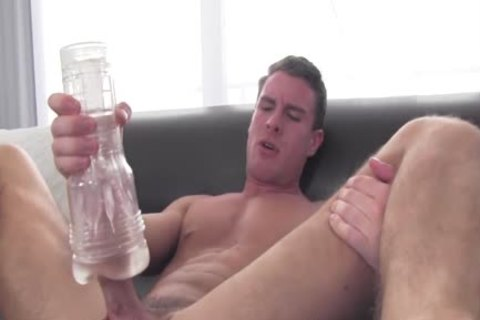 GayCastings Midwestern boyfrend Tries Getting fucked On web camera