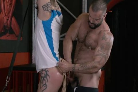 Rogan Richards Uses eager Sub