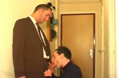 Full movie: A innocent Vendor gets Serviced His gigantic cock By A dude!