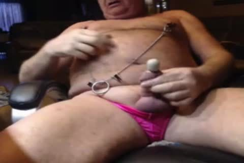 older man Play On cam