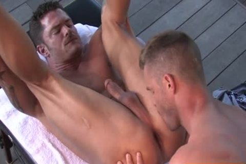 bushy Bodybuilder Outdoor Sex With ejaculation
