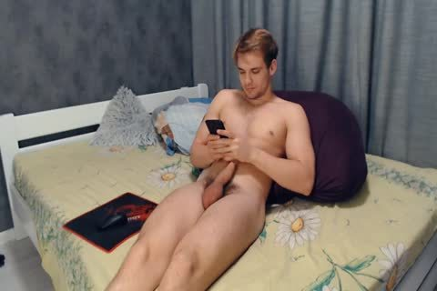 sleazy And skinny 22yo Russian twink beauty Cums On Chaturbate