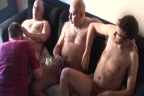 fat group-sex group-sex Bear Daddies